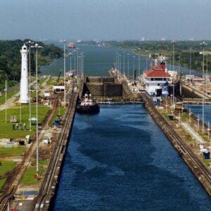Панамский канал. Источник фото: ru.wikipedia.org.